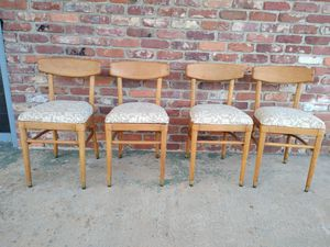 Vintage Maple Dining Chairs for Sale in Jonesboro, GA