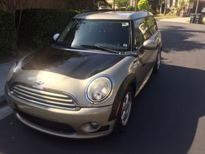 2011 Mini Cooper Clubman 3 doors. Automatic. for Sale in Mission Viejo, CA
