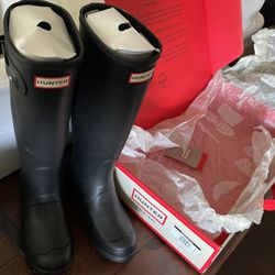 Hunter Black Tour Packable Rain Boots for Sale in Santa Ana,  CA