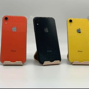 iPhone XR Unlocked (Desbloqueado) We are a Store! We give warranty! 🔥 for Sale in Houston, TX