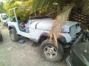 Jeep Wrangler shell. Hablo espanol cheap. Offer parts or whole for Sale in Pittsburg, CA