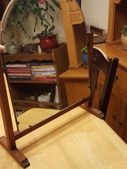 Antique Oak Vanity mirror for Sale in Tigard,  OR