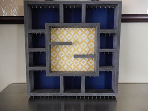 POTTERY BARN WALL MOUNT SHADOW BOX JEWELRY HOLDER STORAGE for Sale in Plano, TX