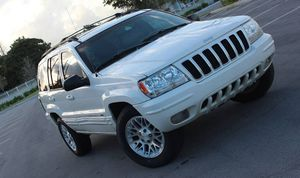 Excellent 2OO4 Jeep Grand Cherokee 4WDWheels for Sale in Birmingham, AL