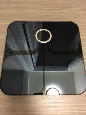 SHINY LIKE-NEW FITBIT ARIA (FITBIT SCALE) for Sale in Washington, DC