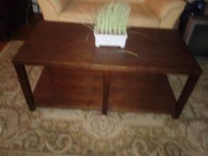 Oak coffee table for Sale in Columbus, OH