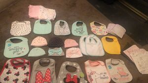 Baby girl bibs, hats, burp clothes , and Swaddle blankets for Sale in Woodbridge, VA