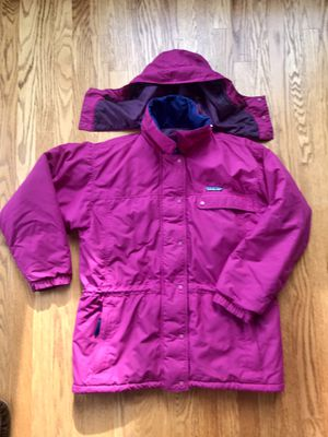 Patagonia Winter Jacket - Women's Size 10 - With Zip-off hood for Sale in Bonney Lake, WA