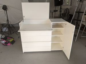 Baby changing table dresser cabinet for Sale in Los Angeles, CA