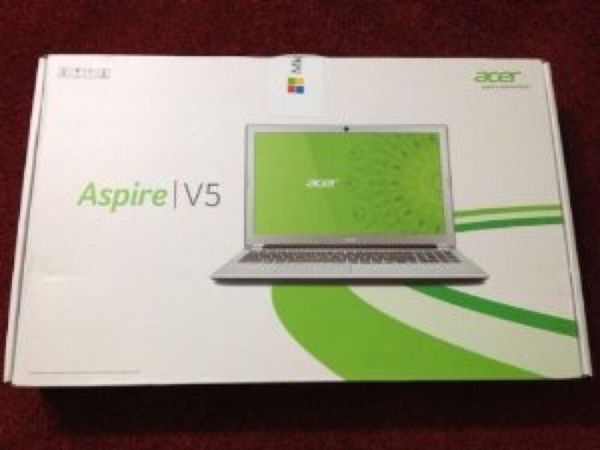 Acer Aspire V5-571-6806 Notebook