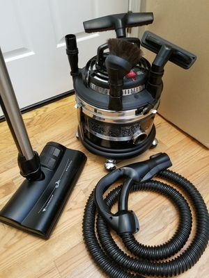 NEW cond FILTER QUEEN 360SS VACUUM WITH COMPLETE ATTACHMENTS , AMAZING POWER SUCTION, IN THE BOX, WORKS EXCELLENT, for Sale in Federal Way, WA