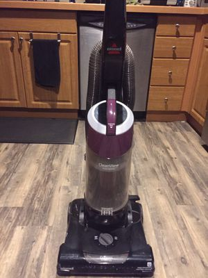 Bissell vacuum for Sale in Maple Valley, WA