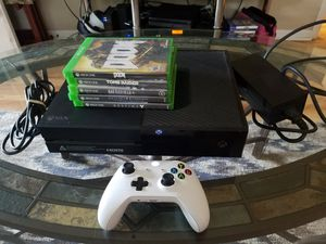 Xbox one +5games works perfectly for Sale in Tampa, FL