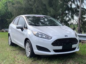 2016 Ford Fiesta Manual for Sale in Pembroke Park, FL