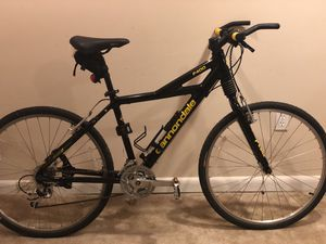 Cannondale F400 mountain bike for Sale in Severna Park, MD