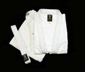 Yamato sakura heavy karate gear for Sale in Tacoma, WA