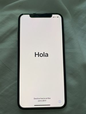 iPhone X 256gb with earbuds for Sale in Montgomery, AL