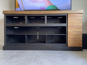TV Stand from Ashley for Sale in Kissimmee, FL