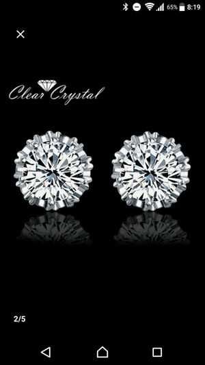 2.5 carat white gold filled earrings for Sale in Irving, TX
