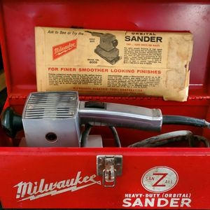 Vintage MILWAUKEE Heavy Duty Orbital Sheet Sander - Model 6000 for Sale in CORNWALL Borough, PA