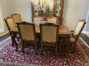 Broyhill Dining Room Set for Sale in Glen Carbon, IL