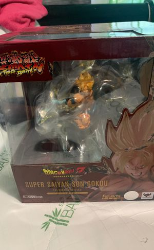 Dragon Ball Z super Saiyan gokou for Sale in Newark, NJ