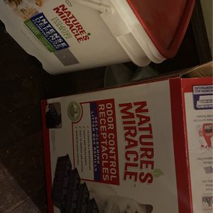 Full Box Refil To Litter Box for Sale in Oaklyn, NJ