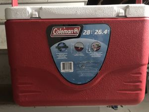 Coleman 28 Qt Cooler With Handle for Sale in Orange, CT