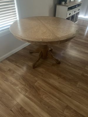 Oak kitchen table for Sale in Moreno Valley, CA