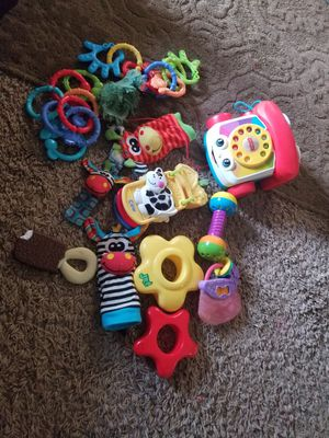 Baby toys bundel 20 piece for Sale in Baltimore, MD