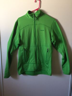 Patagonia green color sweater men's sizeM worn few days still perfect condition $ $60 obo zipper sweater for Sale in Los Angeles, CA
