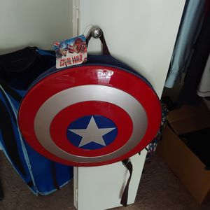 Captain America shield backpack for Sale in Lakeway, TX