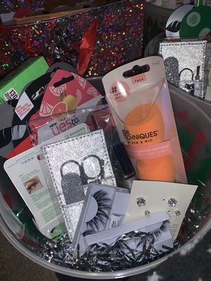 Christmas gift bags for Sale in Fresno, CA