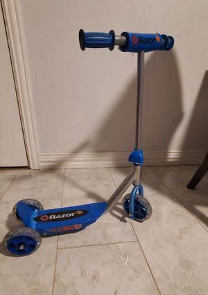 Razor scooter for Sale in Fort Worth, TX