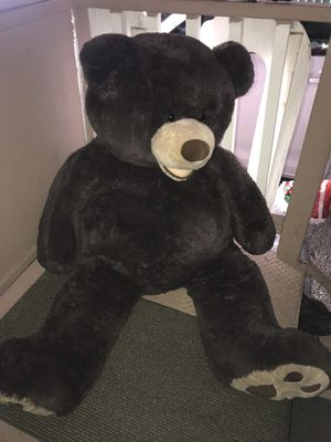 BIG TEDDY BEAR for Sale in San Pablo, CA