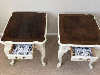 White End Tables/ Nightstands for Sale in Schaumburg,  IL