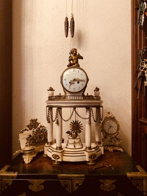 French Antique Ormolu Patinated Bronze And Marble Mantel Clock for Sale in Palmdale, CA
