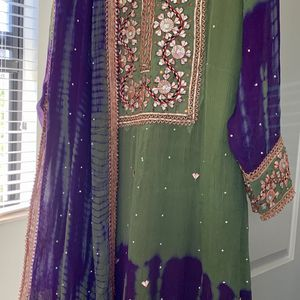 Pakistani Indian Trouser Shirt Kameez Suit ethnic for Sale in Fort Lauderdale, FL