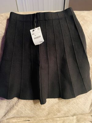 Zara skirt for Sale in Rancho Cucamonga, CA