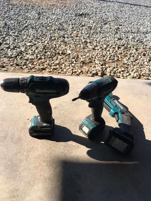 Makita drill set with battery for Sale in Kingsburg, CA