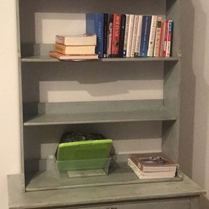 Chest With Bookshelves for Sale in Lynnwood, WA