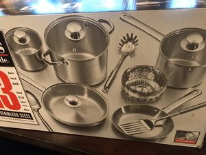 13- pieces stainless steel cookware set for Sale in Renton, WA