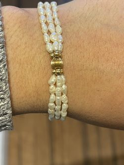 14k gold pearl Bracelet 7.5 Inches for Sale in Weymouth,  MA
