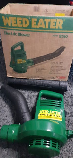 Weed Eater leafeBLOWER shipping available with offerup for Sale in Lancaster, PA