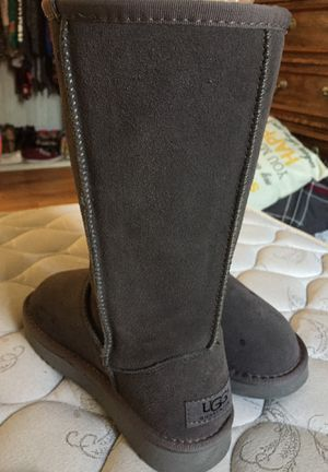 Grey ugg boots for Sale in Cleveland, OH