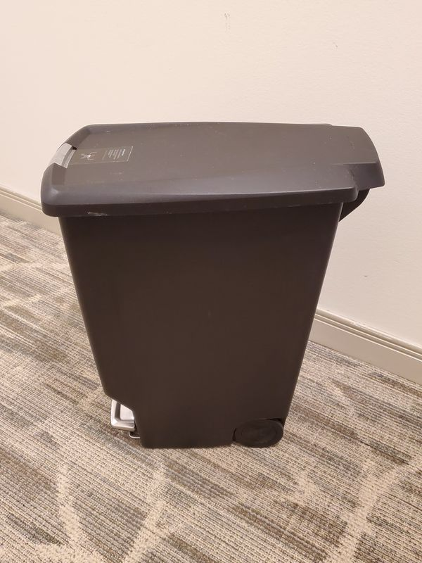 11-GALLON, SLIM, STEP-ON, SLOW-CLOSING LID, ROLLING TRASH CAN - like-new condition - firm price.