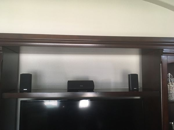 Large Entertainment center ( Great Condition)