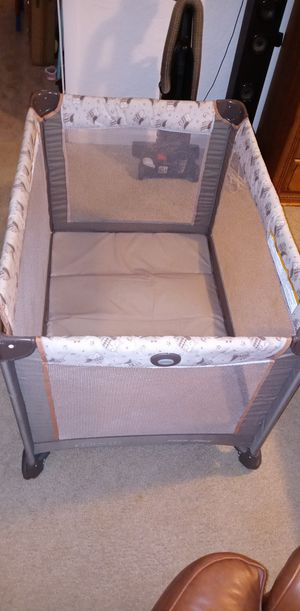Graco Pack and Play for Sale in West Palm Beach, FL