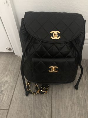 Chanel back pack (FOR MORE PICS) for Sale in Oakland Park, FL