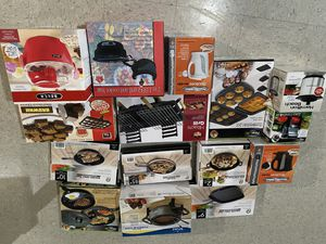 Kitchen wares ,luggages , bags for Sale in Sterling Heights, MI